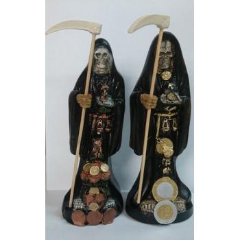 Imagen Artesanal en Resina Santa Muerte Negra. 20 cm